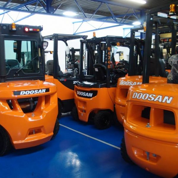 forklift truck rental, forklift short term rental, forklift attachment rental