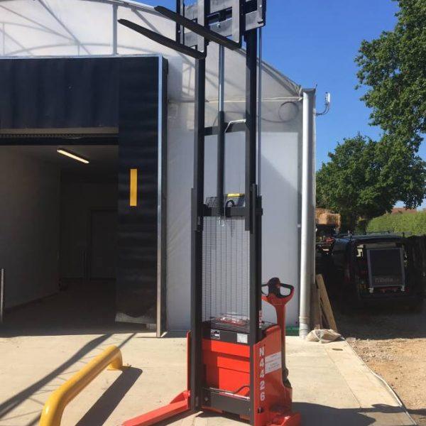scissor lift rental, forklift truck rental, counterbalance forklift rental